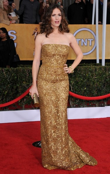 19th Annual Screen Actors Guild Awards..Shrine Auditorium, Los Angeles, CA..January 27, 2013..Job: 130127A1..(Photo by Axelle Woussen)..Pictured: Jennifer Garner.