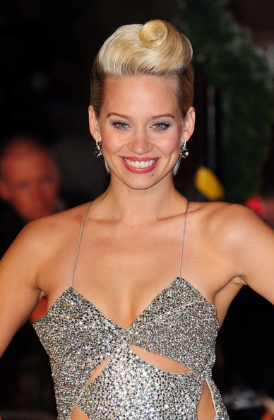 Kimberly Wyatt Short Wavy Cut