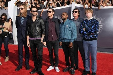 Adam Levine Mickey Madden Arrivals at the MTV Video Music Awards