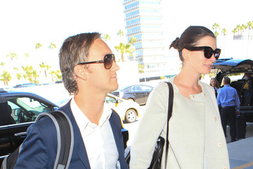 Adam Shulman Anne Hathaway and Adam Shulman Seen at LAX