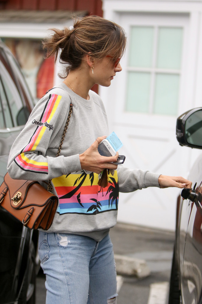 Alessandra Ambrosio Is Out and About - Zimbio