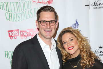 Alexis Carra Celebrities Attend the 84th Annual Hollywood Christmas Parade