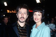Gary Oldman and Donya Fiorentino Photos Photo