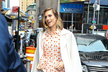 Allison Williams Olivia Wilde Steps Out In NYC