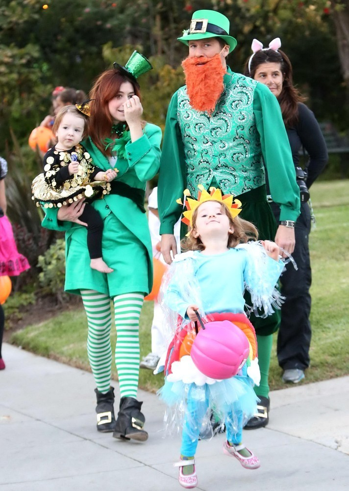 Alyson Halloween 2020 Alyson Hannigan, Alexis Denisof   Alyson Hannigan Photos   Alyson
