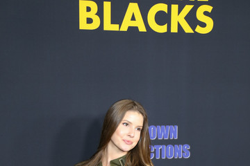 Amanda Cerny Premiere of Freestyle Releasing's 'Meet the Blacks'