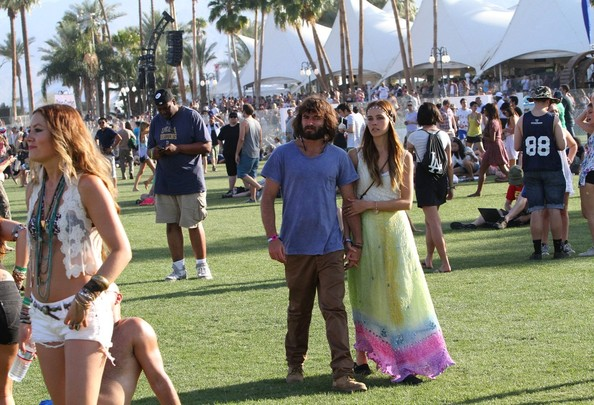Isabel Lucas and Angus Stone at Coachella []