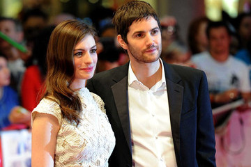 Anne Hathaway Jim Sturgess Anne Hathaway and Jim Sturgess on the Red Carpet