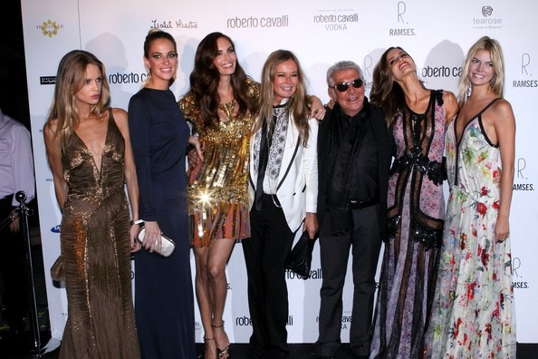 27d6e74af3 Ariadne Artiles Photos Photos - Roberto Cavalli Launches a New Store ...