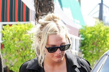 Ashlee Simpson Ashlee Simpson Works Out with Her Husband