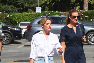 Ashley Greene Ashley Greene Keeps Is Casual in LA