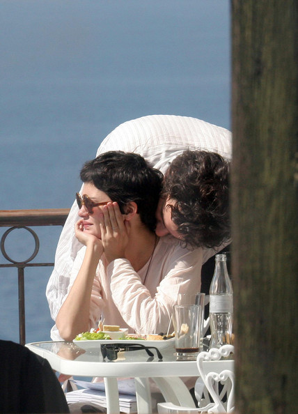 Audrey Tautou with Single