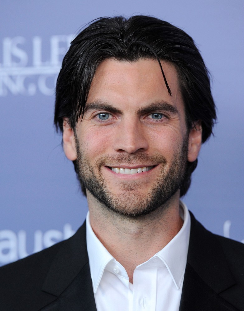 wes bentley in miley cyrus and liam hemsworth at the
