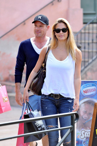 Bar Refaeli - Bar Refaeli in Saint Tropez