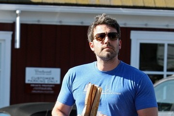 Ben Affleck Ben Affleck Shops at the Market