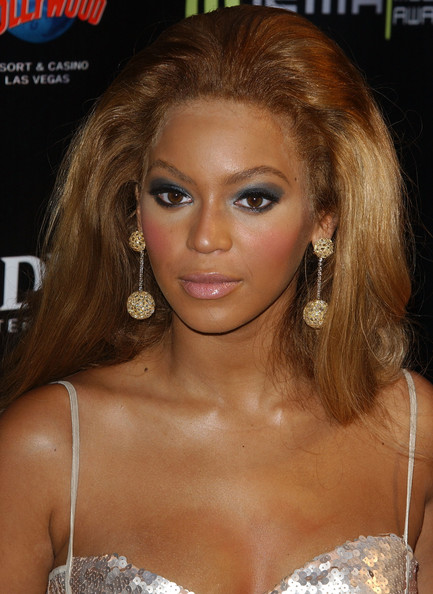 Beyonce Knowles Photos Photos 2004 Radio Music Awards