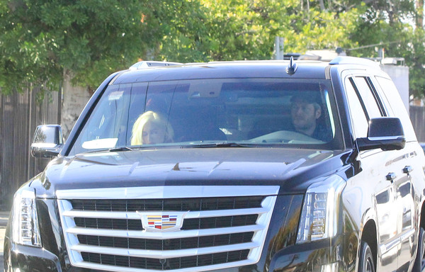 Blake Shelton Gets Behind The Wheel Of A New Cadillac
