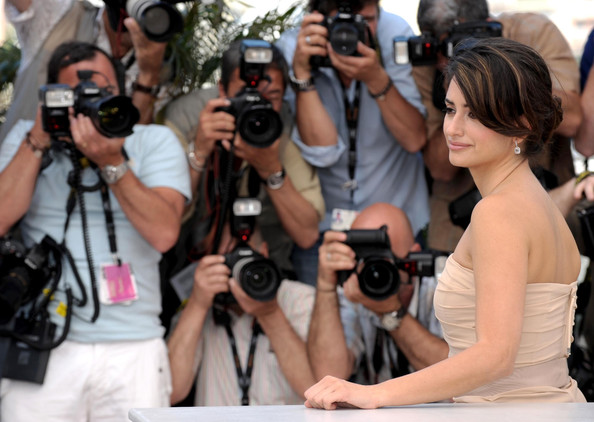 Penelope Cruz Hair, Long Hairstyle 2013, Hairstyle 2013, New Long Hairstyle 2013, Celebrity Long Romance Hairstyles 2202