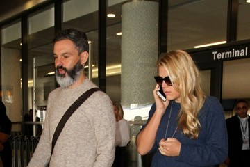 Busy Philipps Marc Silverstein Busy Philipps Arrives at LAX