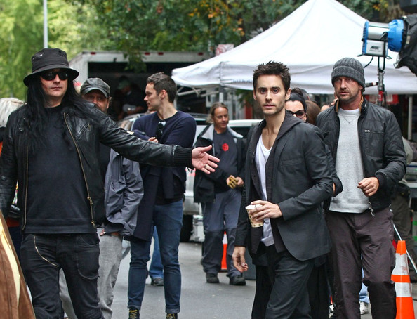 While filming a Hugo Boss commercial, a thin looking Jered Leto gets an unexpected guest on set in Gerard Butler.