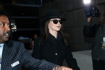 Catherine Zeta Jones Catherine Zeta Jones at LAX