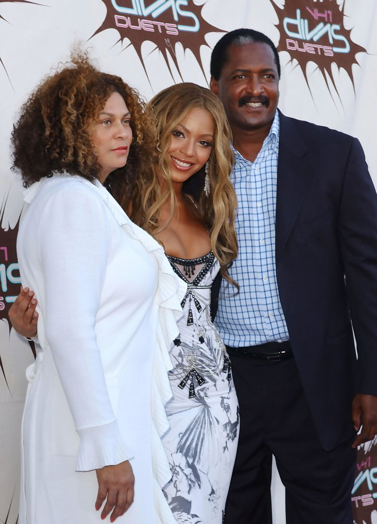 beyonce and matthew knowles relationship