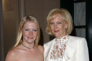 """""""FRIENDS OF THE FAMILY"""". 6TH ANNUAL FAMILIES MATTER BENEFIT. .REGENT BEVERLY WILSHIRE HOTEL, BEVERLY HILLS, CA. JUNE 07 2002."""