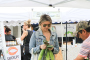 Celebrities at Farmer's Market