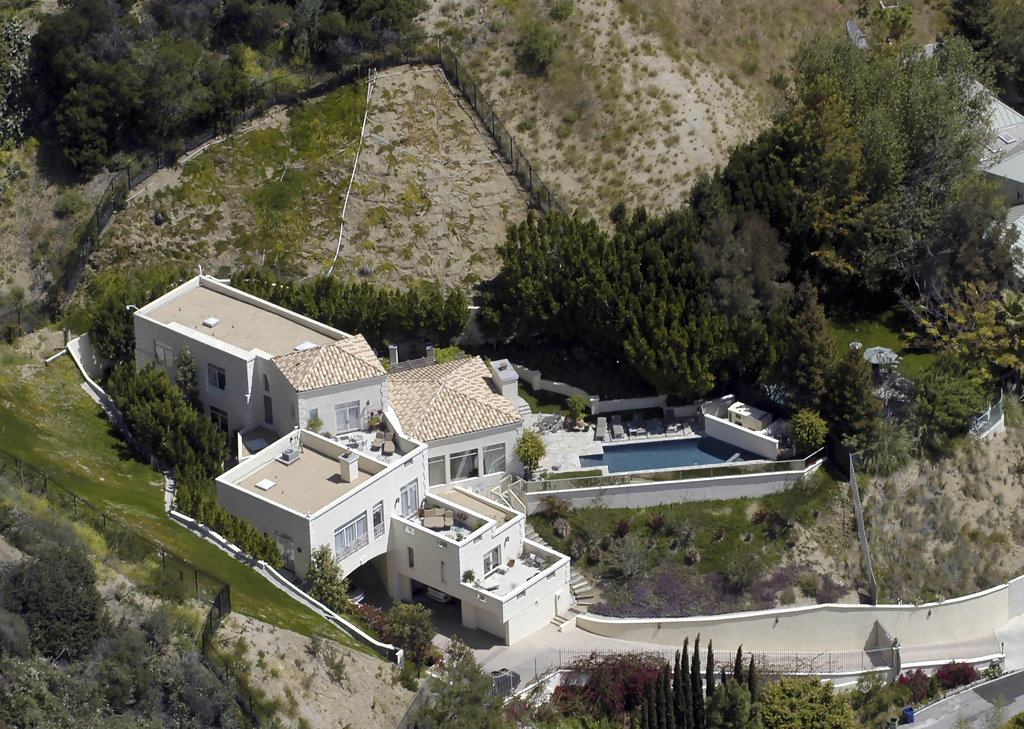 Britney spears in celebrity homes zimbio for Stars houses in la