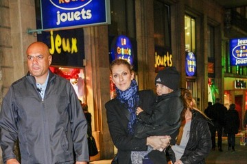 Celine Dion Celine Dion and Twins Leave Their Hotel