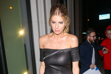 Charlotte McKinney Charlotte McKinney at Catch Restaurant