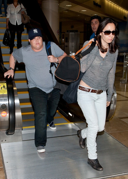 Musician Chaz Bono and Jennifer Elia arrive to the 2011 Outfest ...