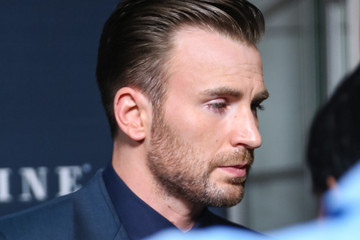chris evans gif hunt
