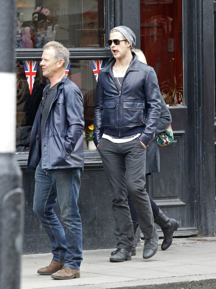 chris hemsworth photos photos chris hemsworth and
