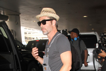 Chris Pine Chris Pine Is Seen at LAX
