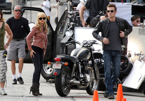 Christina Aguilera and Cam Gigandet get cozy on the set of