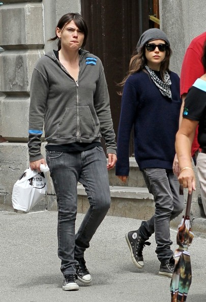 Ellen Page and Clea DuVall Out and About  Clea DuVall Ellen Page Girlfriend 2011