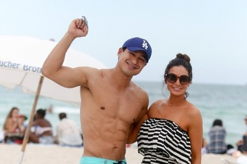 Courtney Mazza Mario Lopez on Miami Beach