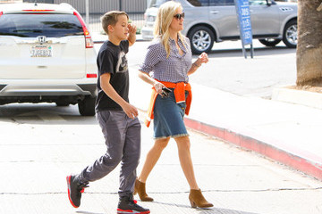 Deacon Phillippe Reese Witherspoon Spends an Afternoon With Son Deacon