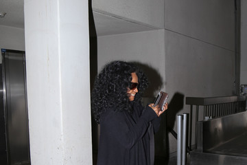 Diana Ross Diana Ross Arriving at LAX Airport