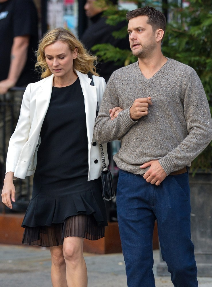 diane kruger and joshua jackson out in nyc zimbio. Black Bedroom Furniture Sets. Home Design Ideas