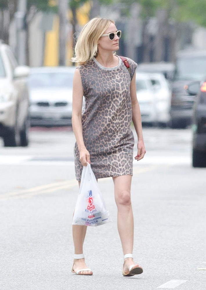 Fashion Trend Report: T-Shirt Dresses
