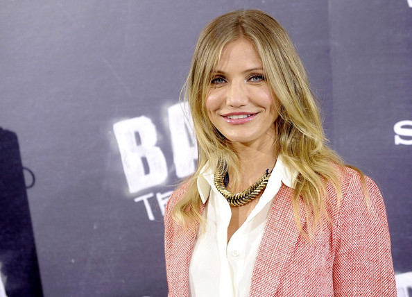 Cameron Diaz attends a photocall for 'Bad Teacher' .