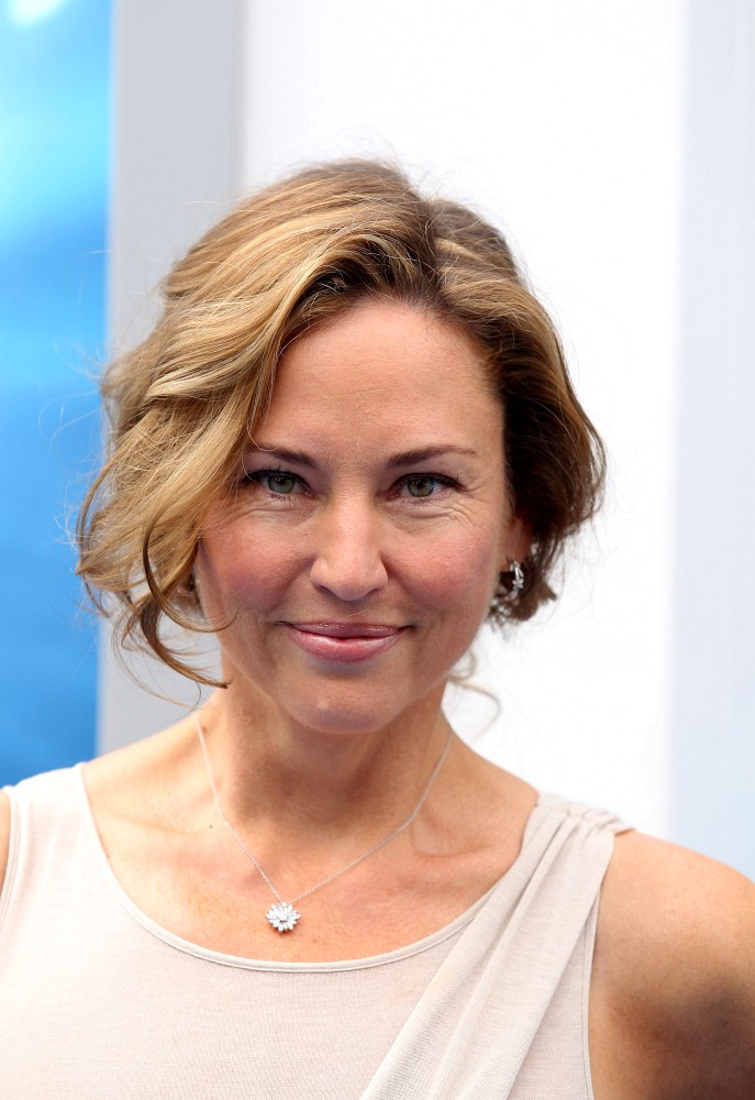 jill goodacre photos photos quotdolphin talequot premiere in