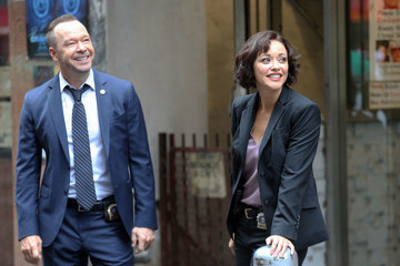 Donnie Wahlberg Donnie Wahlberg And Marisa Ramirez On The Set Of 'Blue Bloods'