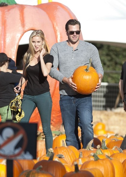 Doug Reinhardt and Girlfriend at the Pumpkin Patch