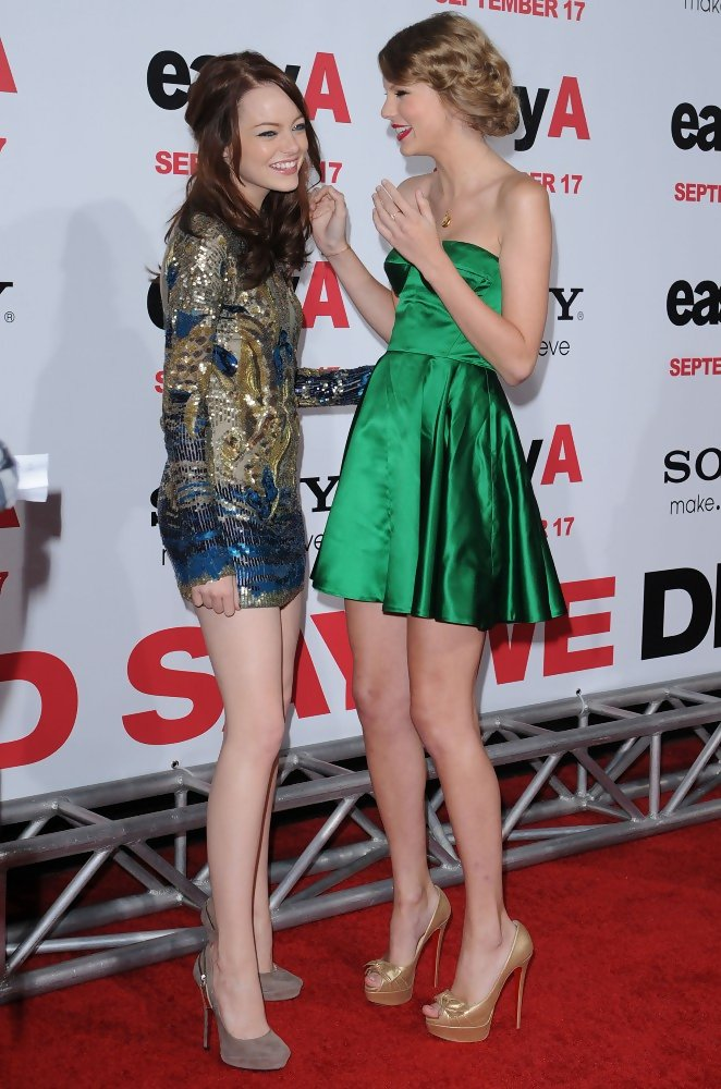 She Laughs With Emma Stone Taylor Swift S Celebrity