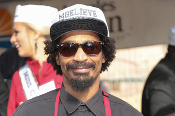 Eddie Steeples Christmas Meal for the Homeless at LA Mission