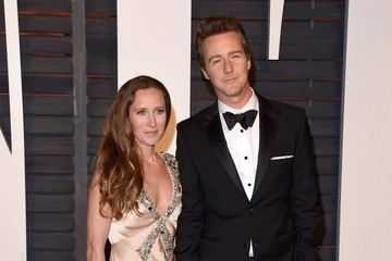 Edward Norton Stars at the Vanity Fair Oscar Party