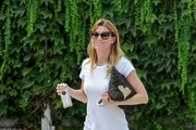 Ellen Pompeo Leaves the Hair Salon